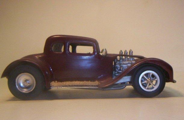 Vintage built automobile model kit survivor - Hot rod et Custom car maquettes montées anciennes - Page 2 40706631