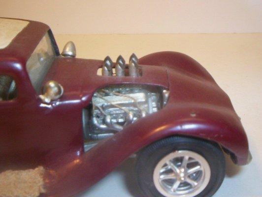 Vintage built automobile model kit survivor - Hot rod et Custom car maquettes montées anciennes - Page 2 40706633