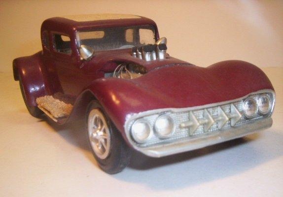 Vintage built automobile model kit survivor - Hot rod et Custom car maquettes montées anciennes - Page 2 40706634