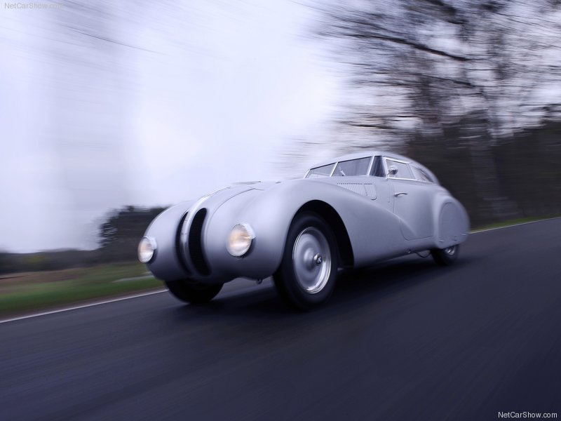 1940 BMW 328 Kamm Coupé Replica. Bmw-3211