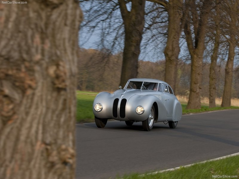 1940 BMW 328 Kamm Coupé Replica. Bmw-3212