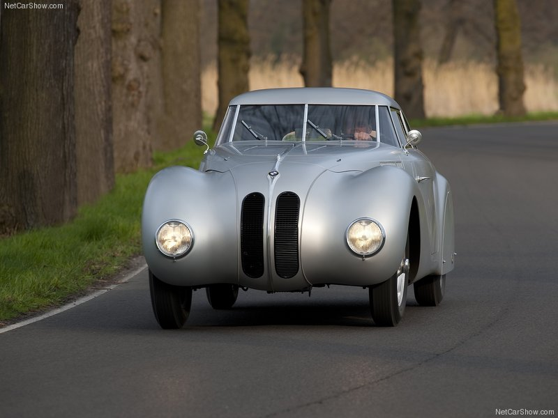 1940 BMW 328 Kamm Coupé Replica. Bmw-3215