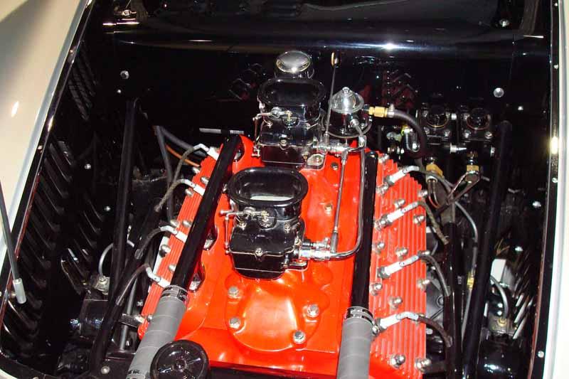 1953 Ford Vega Roadster Dsc00110