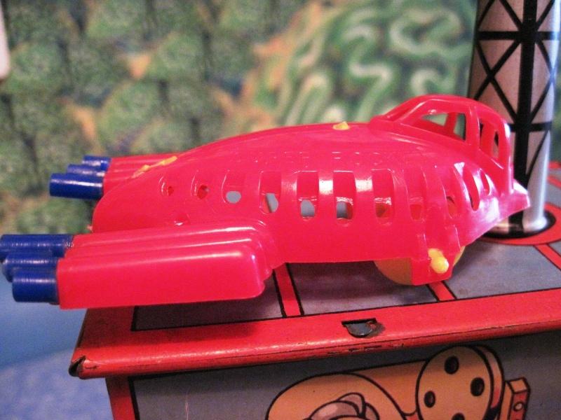 Jouets Spaciaux - Sci-Fi Toys Rocket10