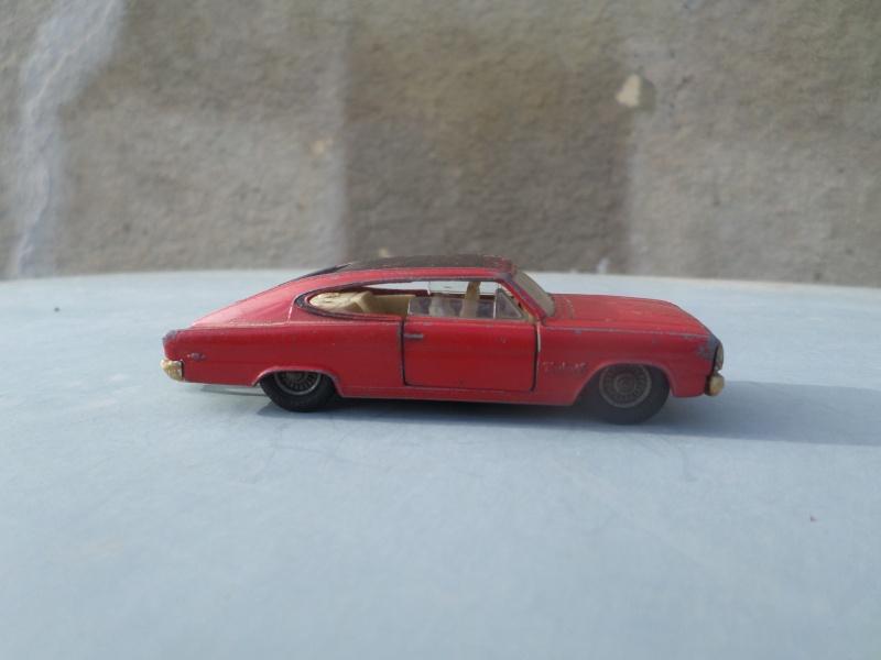 Classics Cars Corgi 1/43 scale Sam_1727