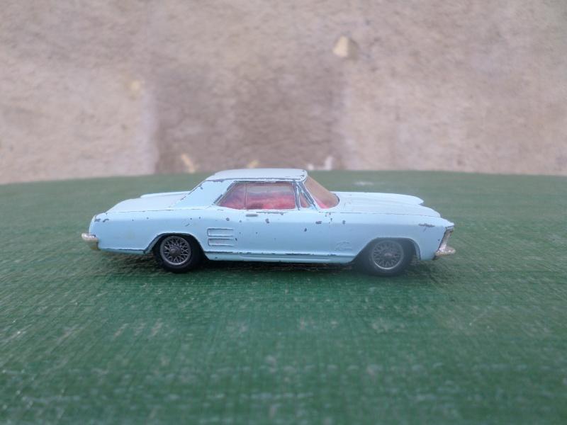 Classics Cars Corgi 1/43 scale Sam_2155