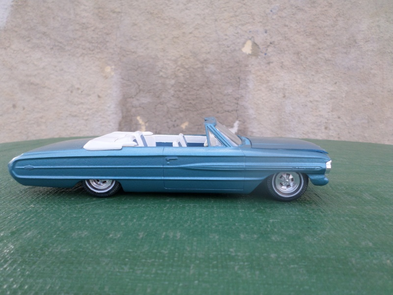 1964  Ford Galaxie - customizing kit - 1/25 scale - Amt   Sam_2158