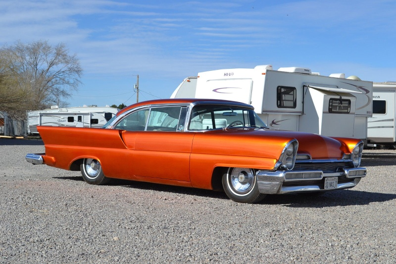 Lincoln 1956 - 1957 custom & mild custom - Page 3 Uiuyiy10