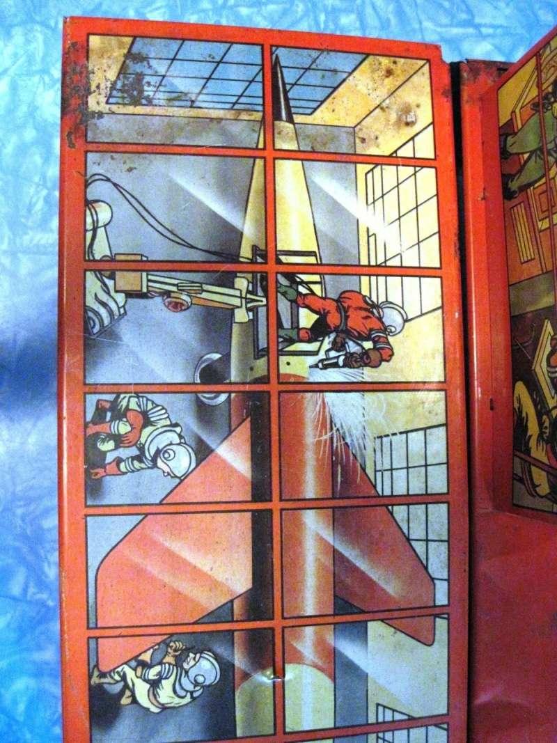 Jouets Spaciaux - Sci-Fi Toys View_d10