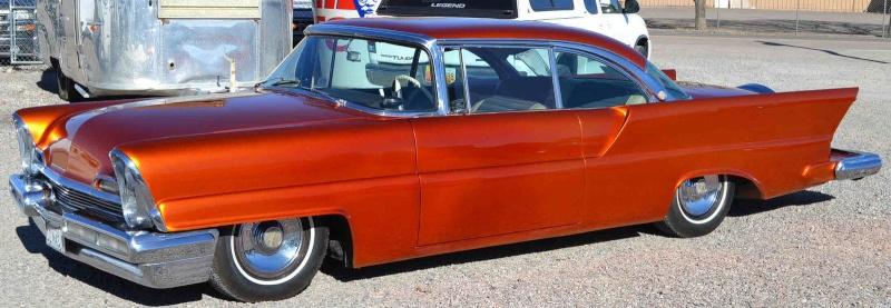 Lincoln 1956 - 1957 custom & mild custom - Page 3 Yujtyu10