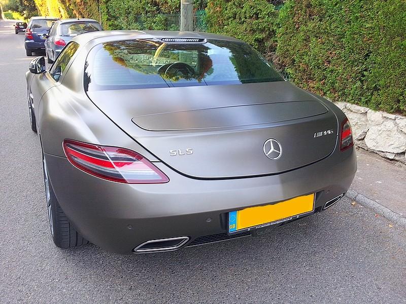 Mercedes SLS descendante des 300 SL papillon - Page 3 20120812