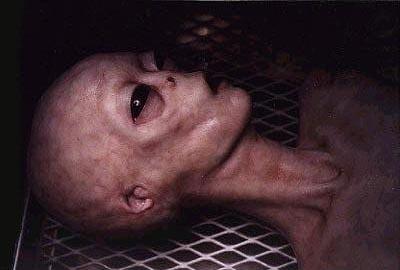 """Les """"diapositives de Roswell"""" (Roswell slides) Alien_10"""
