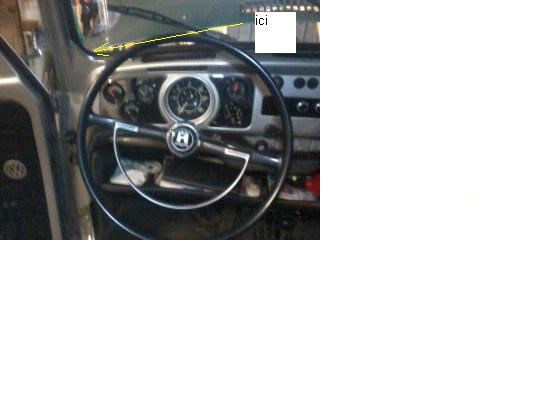 raccord chauffage coffre avant  - Page 2 Photo010