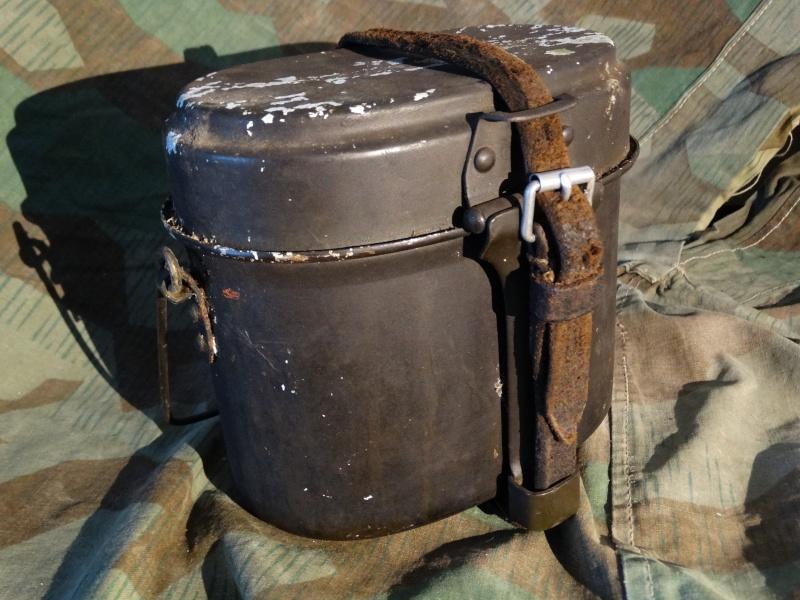 Collection Allemande WW2 / Décorations et Equipements Dsc00732