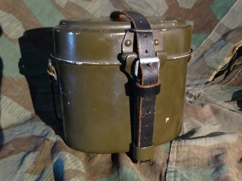 Collection Allemande WW2 / Décorations et Equipements Dsc00745
