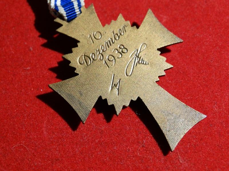 Collection Allemande WW2 / Décorations et Equipements Dsc00834