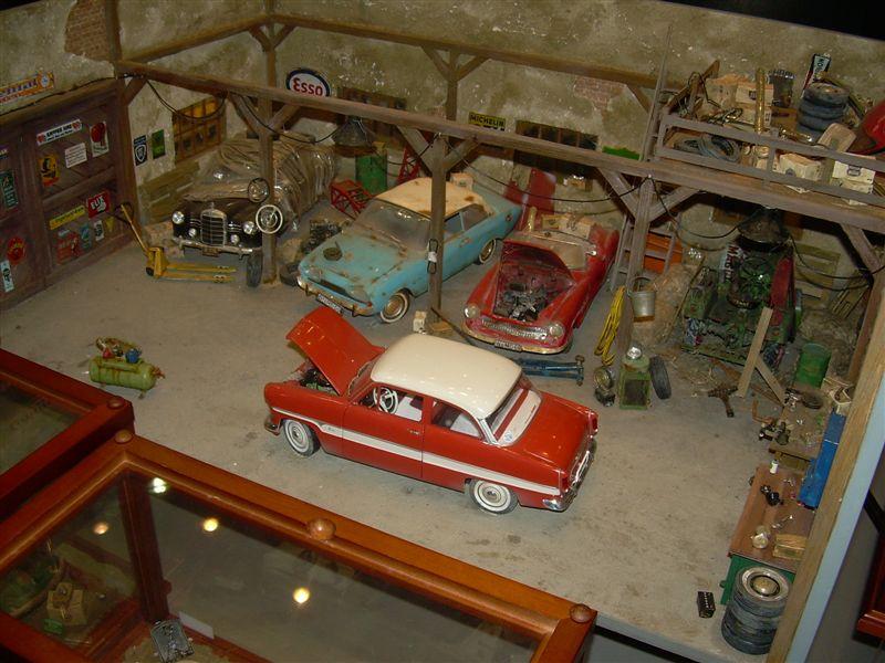 Diaporama d'un vieux garage. 63623210