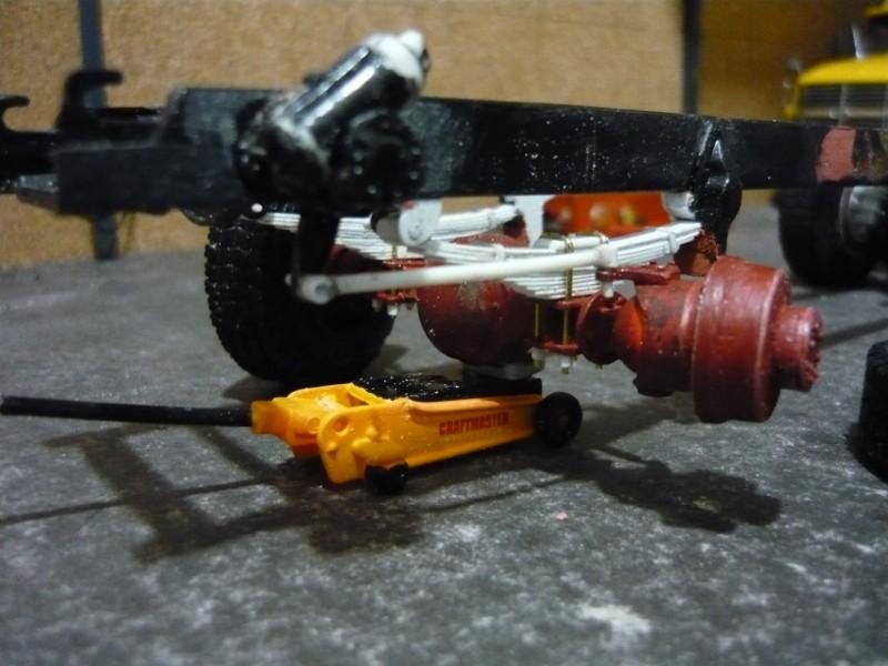 Mack RM 600 6X6 avec équipement a neige. P1130214