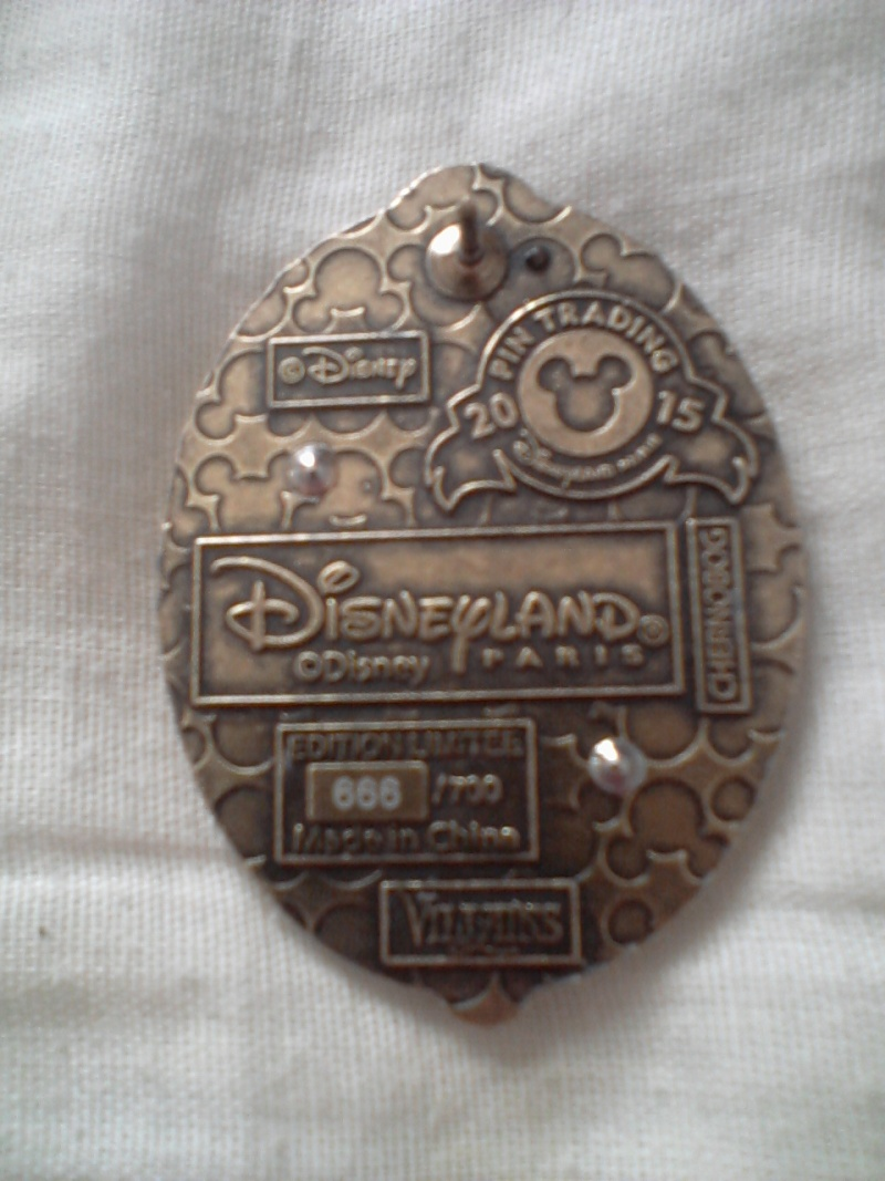 Le Pin Trading à Disneyland Paris - Page 20 Photo-10