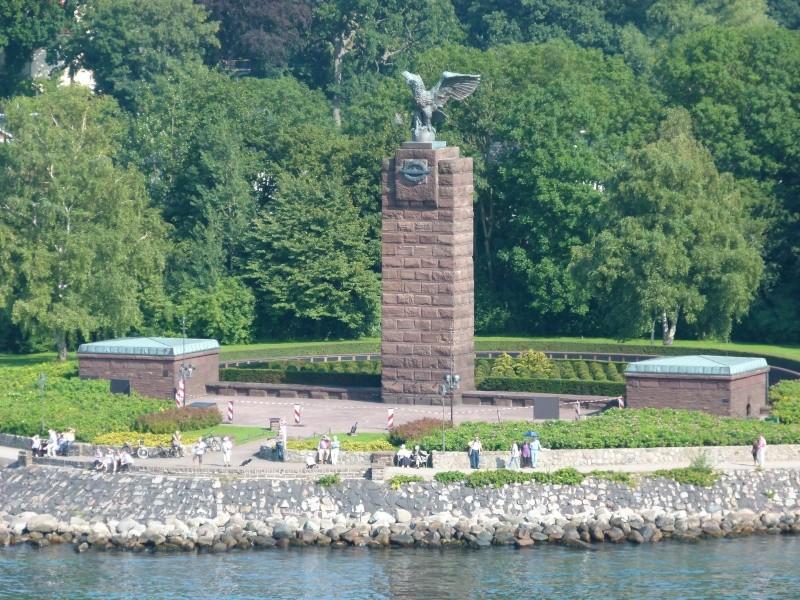 Kiel et l'hommage aux Sous-mariniers P1000110