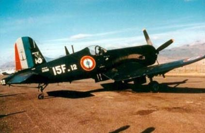 Si lesT-6 jaunes de l'Armée de l'Air et les Piper kaki de l'Armée de Terre ont laissé un souvenir dans la mémoire des combattants. Il s'est taillé une fameuse réputation auprès des troupes d'élite comme la Légion Étrangère et les parachutistes. Corsai10