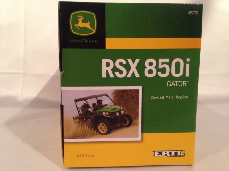 ERTL John Deere GATOR  RSX 850i  au 1/16ème (ref 45296) Stbrts10