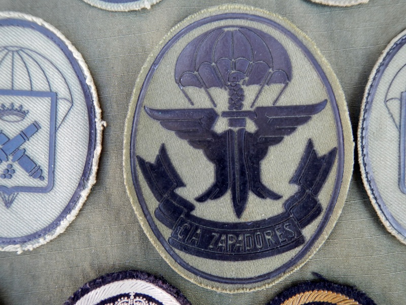 Spanish  Para patches Dscn0420