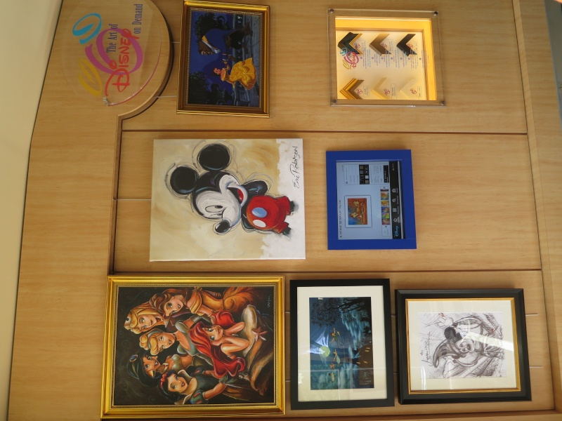 [Nouveauté merchandise] The Art of Disney On Demand (Disney Gallery à Disney Village) Vaaq10