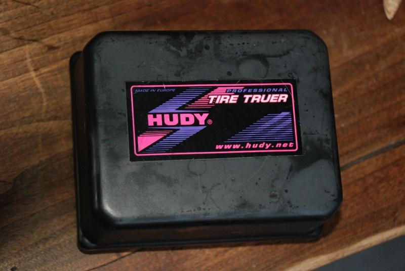Tour à pneus HUDY ! 02010