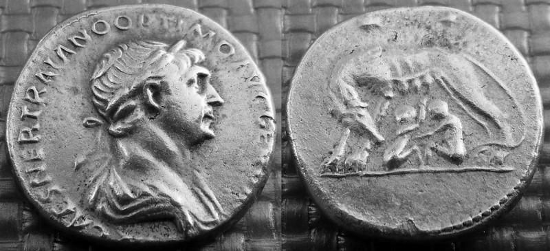 Faux Trajan à la louve Traj_l10