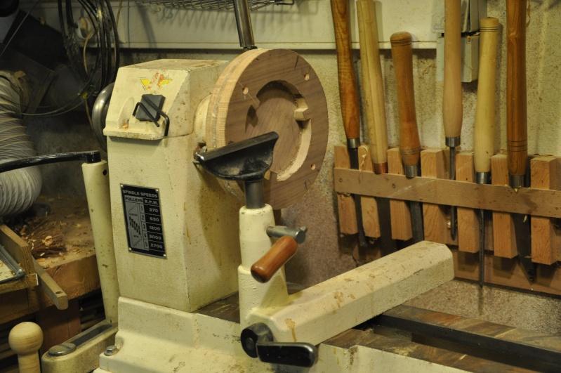Fabrication d'un plateau  en bois pour table de bistrot - Page 2 00112