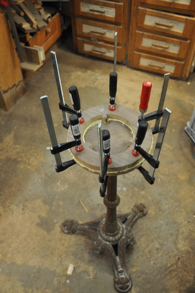 Fabrication d'un plateau  en bois pour table de bistrot 00612
