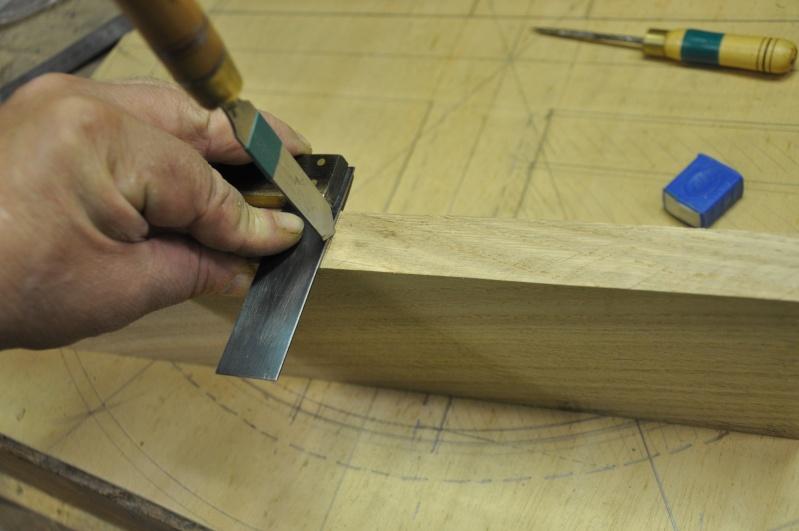Fabrication d'un plateau  en bois pour table de bistrot 01010