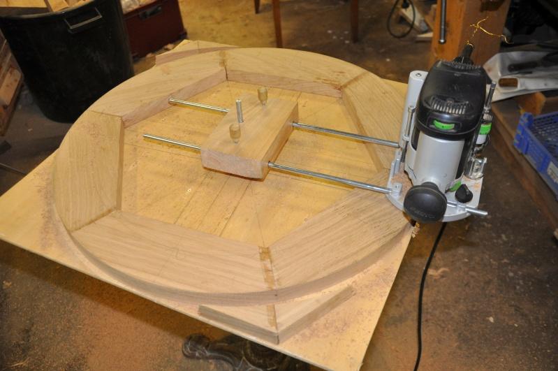 Fabrication d'un plateau  en bois pour table de bistrot - Page 2 01711
