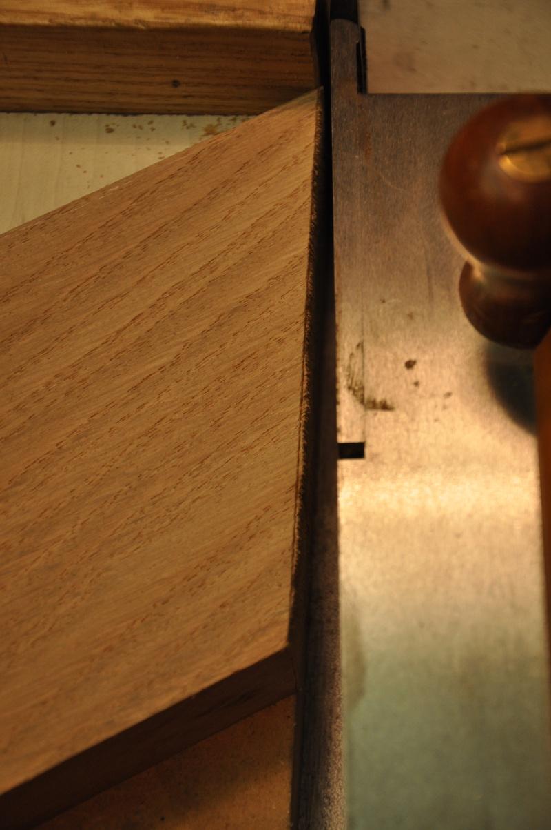 Fabrication d'un plateau  en bois pour table de bistrot 02710