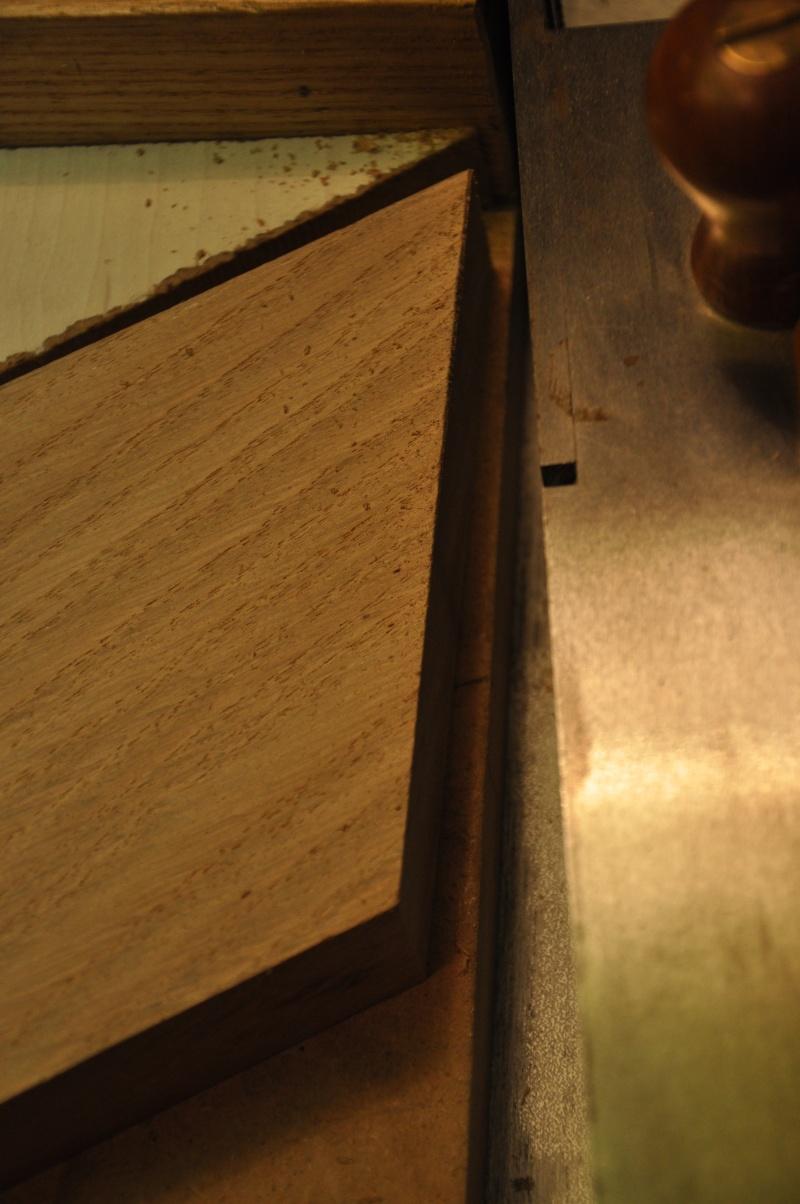 Fabrication d'un plateau  en bois pour table de bistrot 02810
