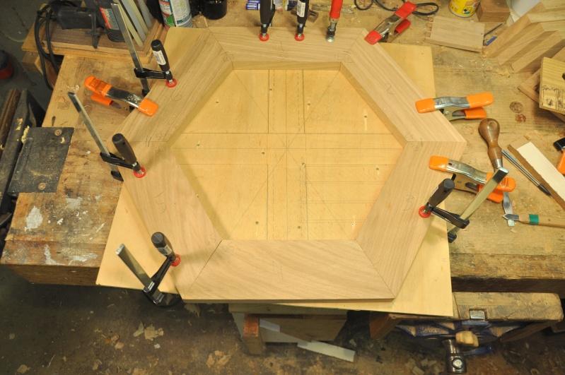 Fabrication d'un plateau  en bois pour table de bistrot 033-0011