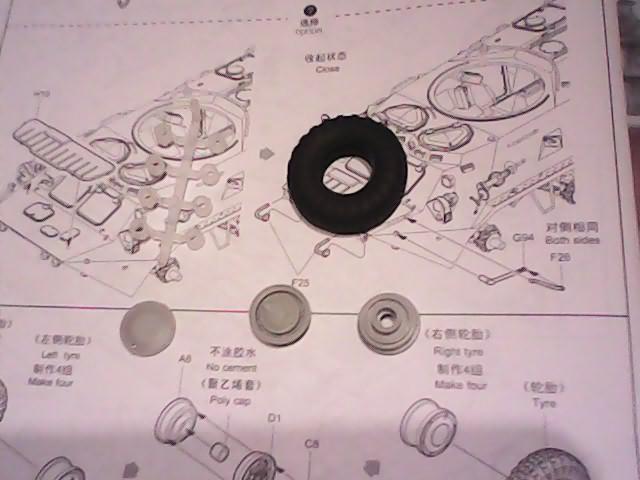 btr 80 APC (trumpeter 1/35 01594) - Page 3 Img_2010