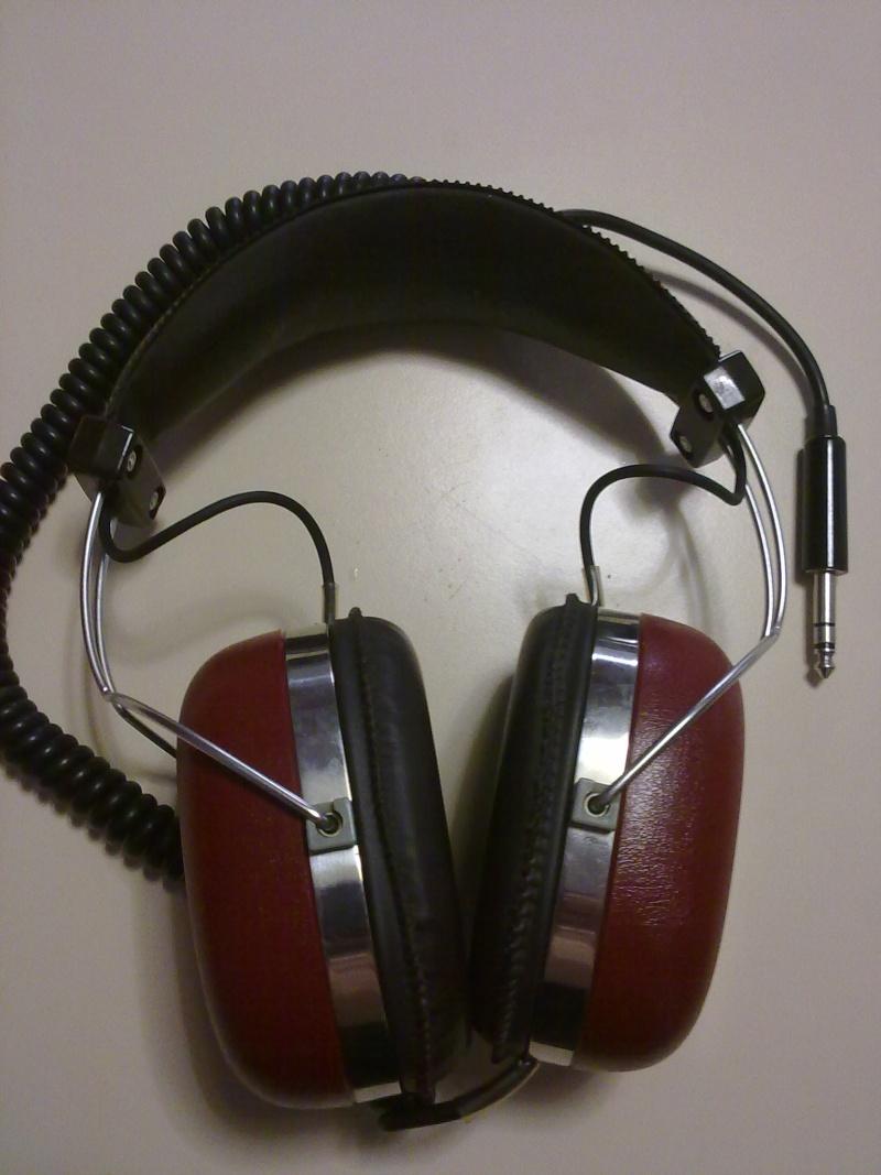 Technics EAH-220 04082011