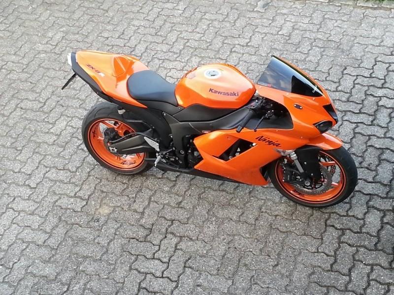 Ma Ninja Zx6r K8 orange/black Clean Look ! ! !  - Page 3 10640110