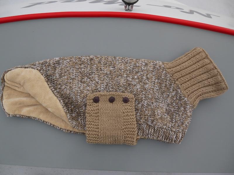 Pulls en laine réalisés au profit d'associations de votre choix P1090111