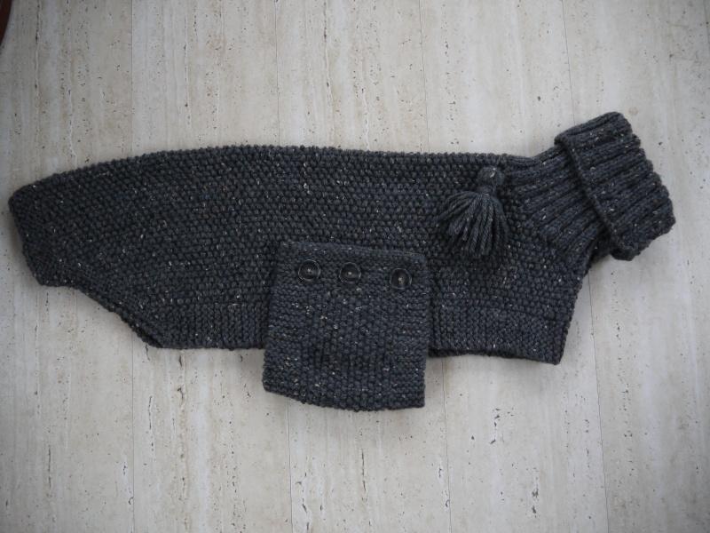 Pulls en laine réalisés au profit d'associations de votre choix P1090517