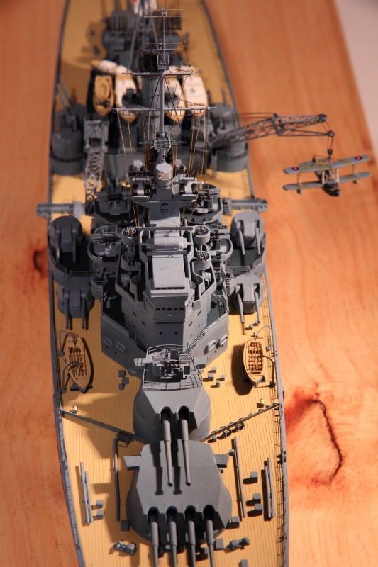 HMS King George V 1941 1/400e kit Heller Img_8610