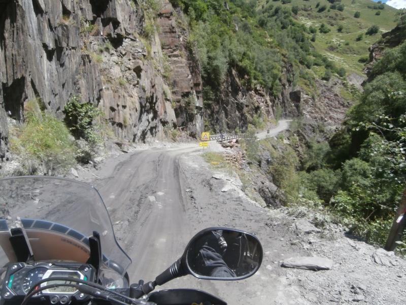 Pneu pour voyageur en gros trail P7120210