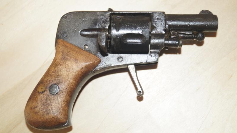 petit revolver Dsc00512