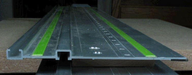 Recherche plastique sous capot protection toupie Vert_f10