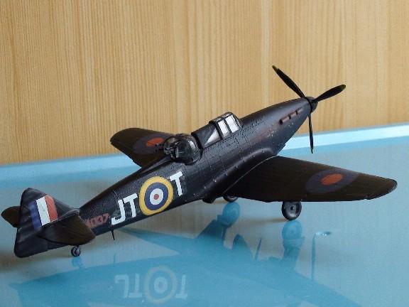 boulton defiant (airfix) Dsc01025