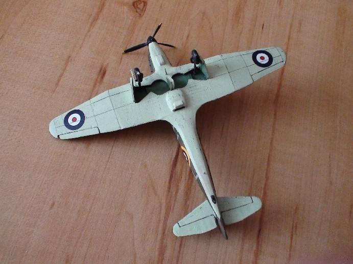 boulton defiant (airfix) Dsc01033