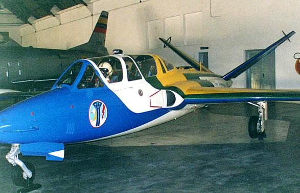 Fouga Magister CM170 Patrouille de France 1965 Esquad10