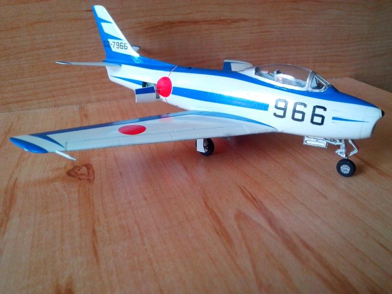 "F-86F-40 Sabre ""Blue Impulse"" (Hobby Boss) - Page 2 Img_2160"